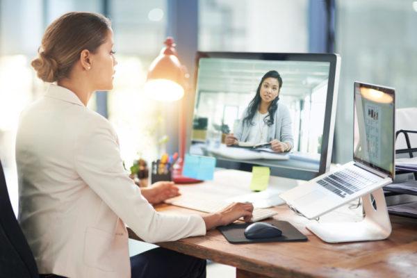 чтобы организовать работу удаленных сотрудников, есть немало подходящего программного обеспечения