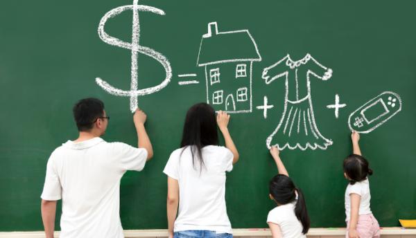 семейный бюджет должен быть максимально структурированным и важно учитывать все доходы/расходы