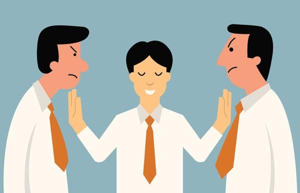 решать конфликт нужно сразу и без промедлений