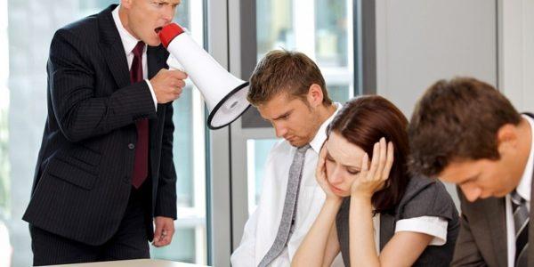 конфликты нужно контролировать и быстро решать проблему, чтобы избежать проблем